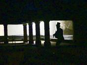 Fiddler in the dark