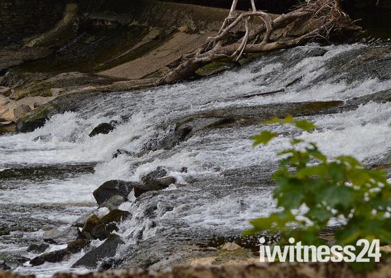 Weir - Torrington