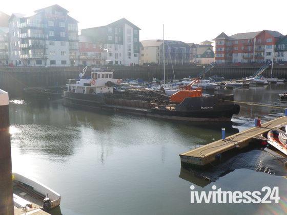 Dredger in Exmouth Docks