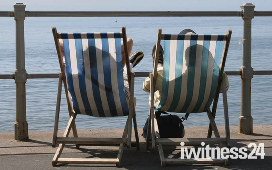 Deckchair concesson up for grabs in Sidmouth