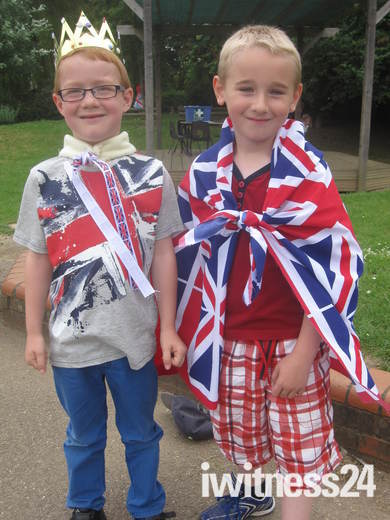 Queen's Diamond Jubilee Celebration at Woolenwick Infant and Nursery