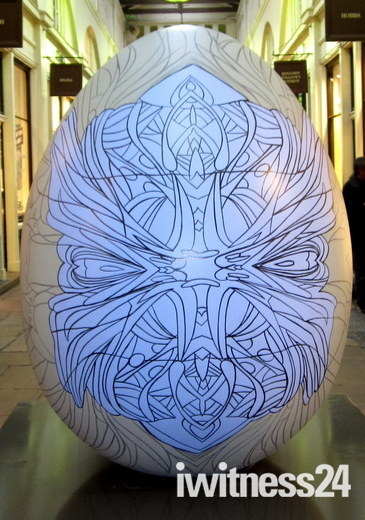 FABERGE EGG HUNT - ORNAMENT AND ABSTRACTION MASK BY CLAUDE TEMIN-VERGEZ