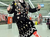 PEARLY QUEEN CALLS ON LOCAL RESIDENTS TO PULL UP THEIR SOCKS FOR SPORT RELIEF