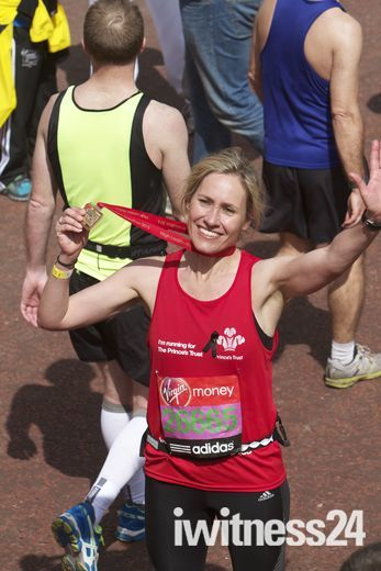 Sophie Raworth & Nikki Sanderson finish the London Marathon