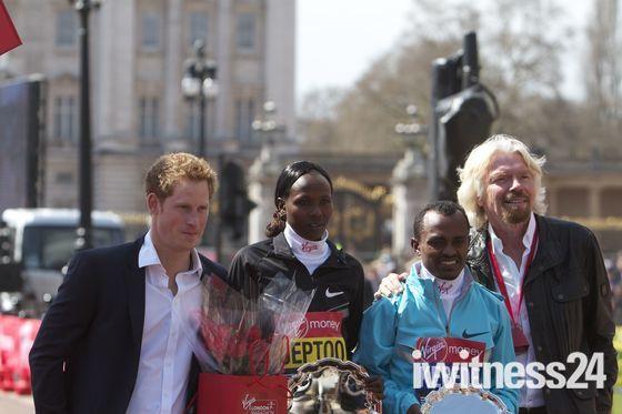 Prince Harry, Sir Richard Branson with the London Marathon winners 2013