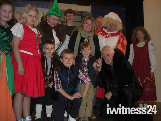 Panto to support Eltham charity