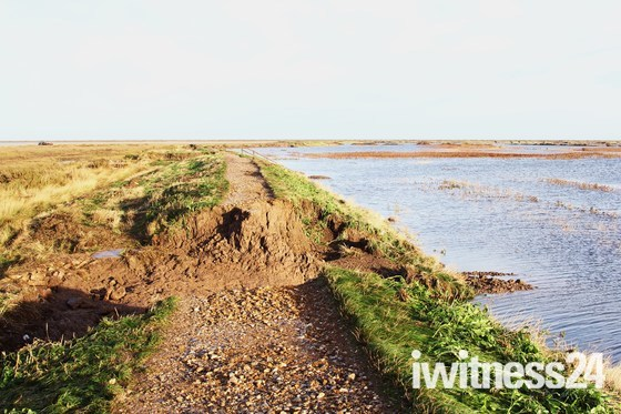 flood damage at blakeney 8th dec 2013.
