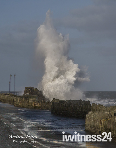High Tide in Ilfracombe