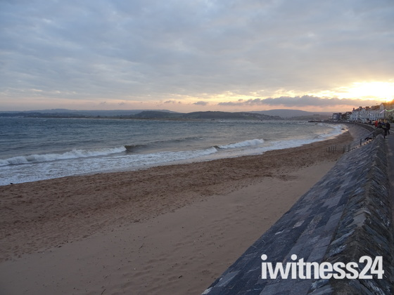 Exmouth sunset on Saturday 29th April 2017
