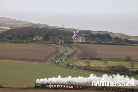 Retrospect: Wind and Steam.