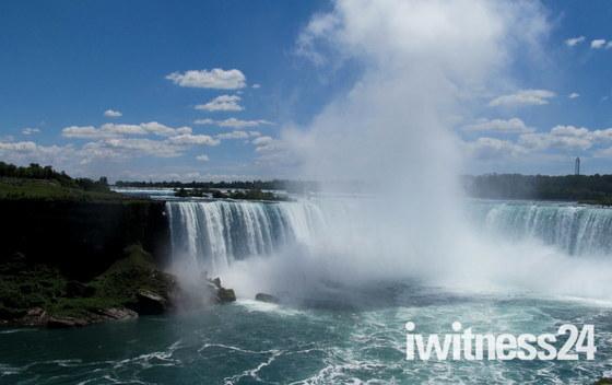 Holiday Niagara Falls C