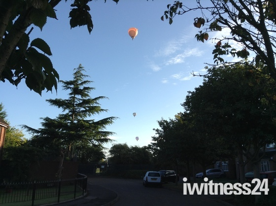 Balloons over hornchurch