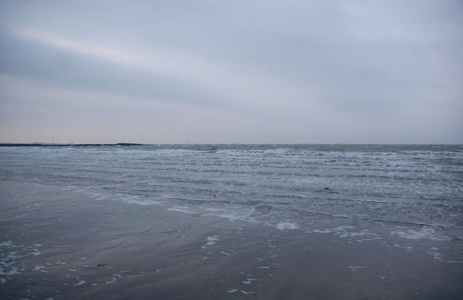 FW: weerfoto uit grijs zeeland onstuimig weer