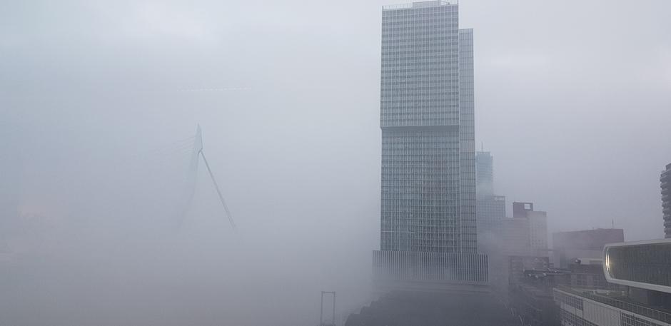 Mistig Rotterdam