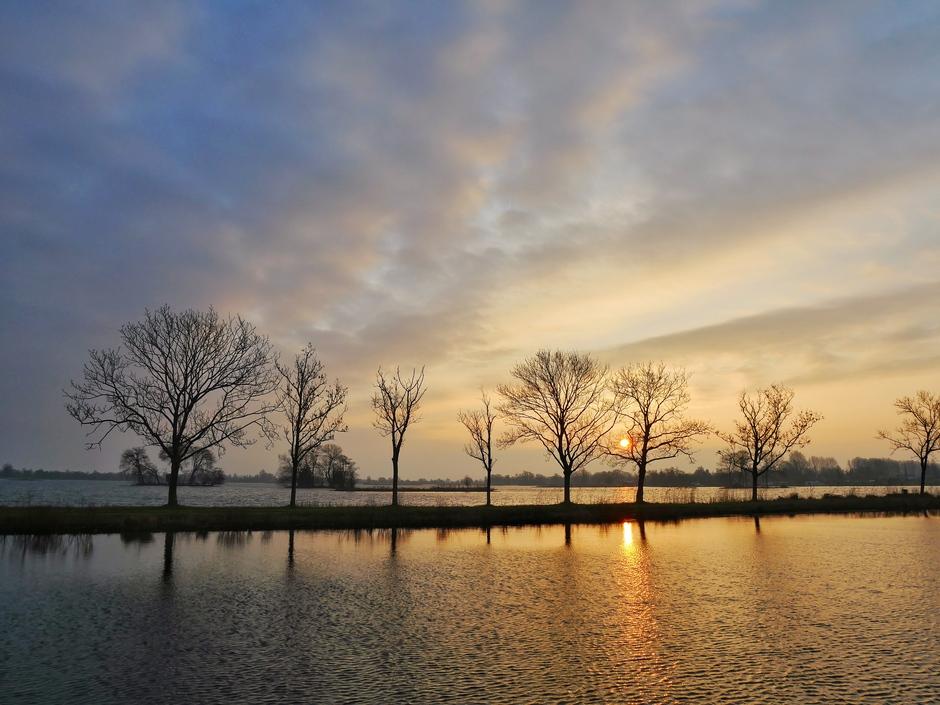 Zonsopkomst in Reeuwijk