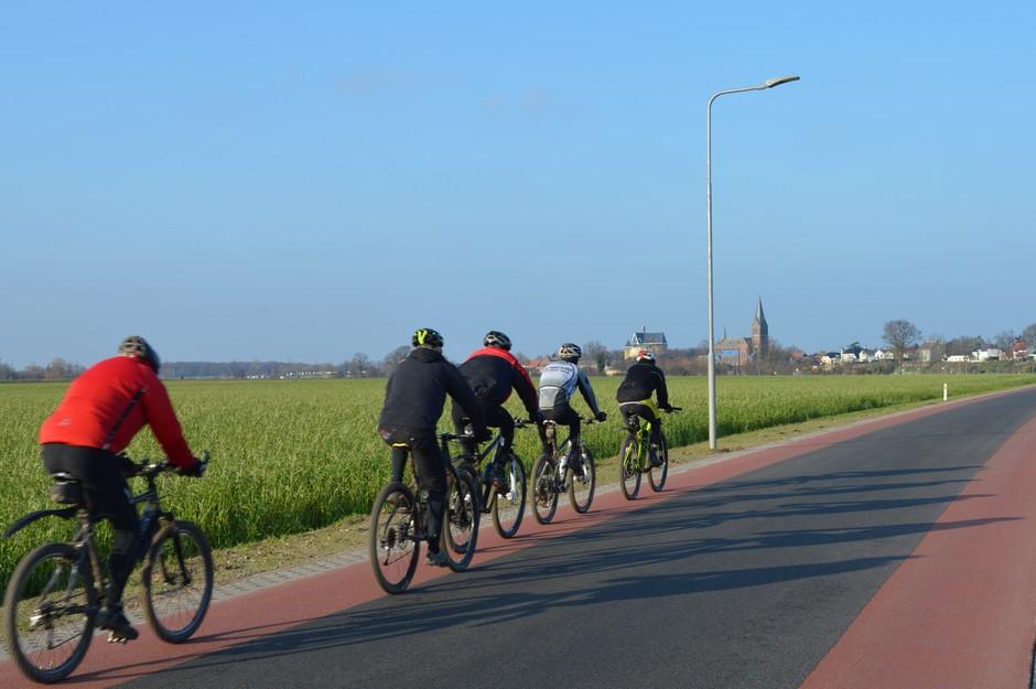 Veel zon en droog, dan ga je er met je fiets op uit !