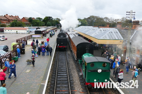 Busy Station For Enthusiasts