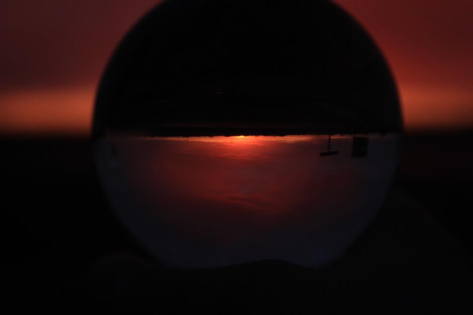 Zonsondergang door bol