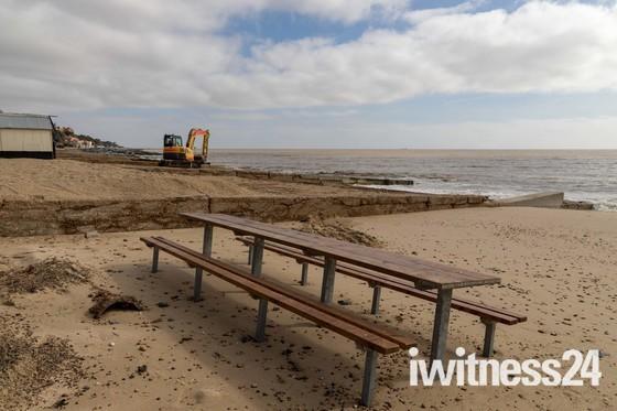 Repairing the beach in Felixstowe