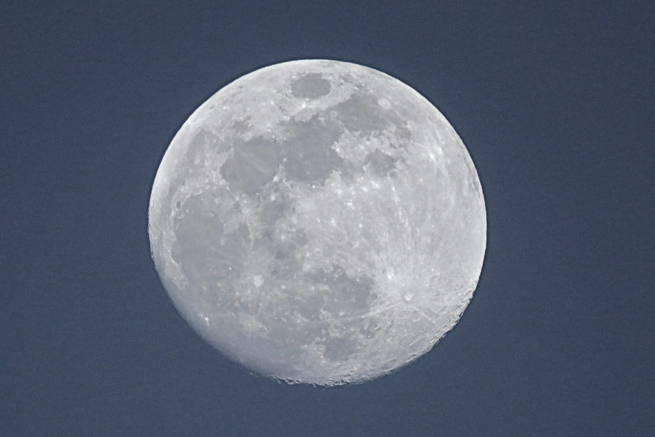 Wassende Maan in Schinveld rond 19:58 uur