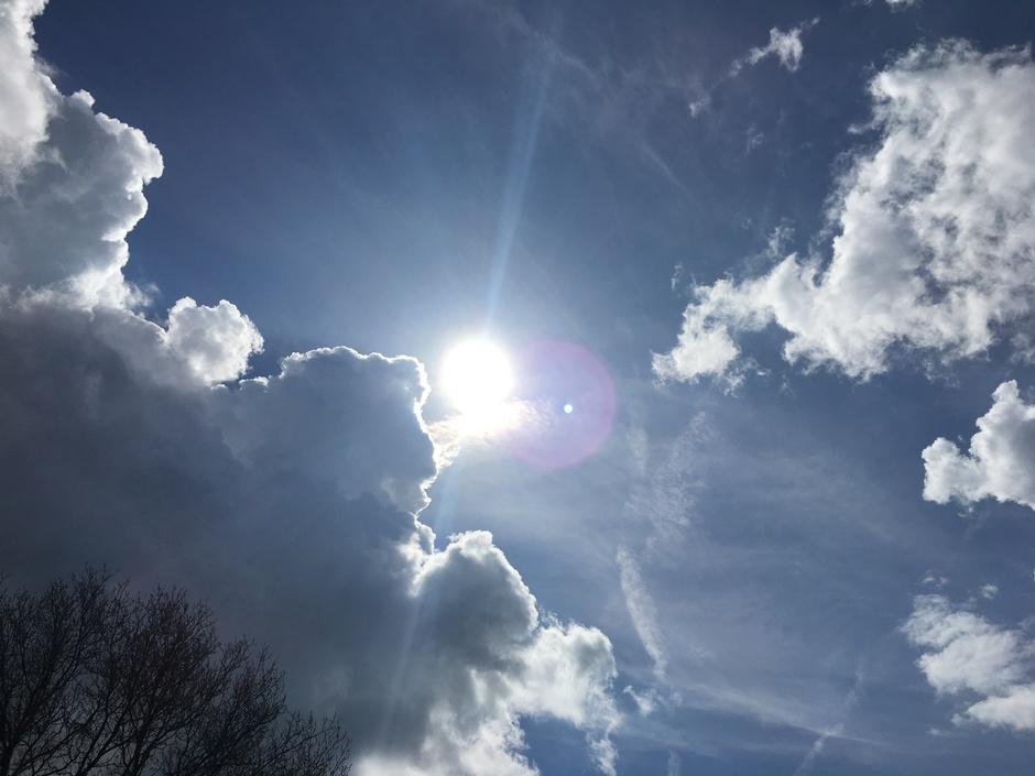 zon laat zich weer zien