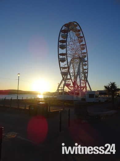 Exmouth Wheel at sunset