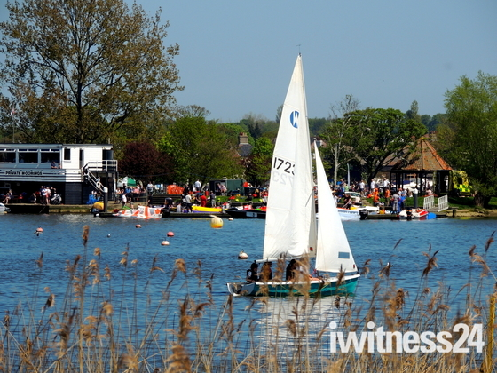 Oulton Broad Boat Race