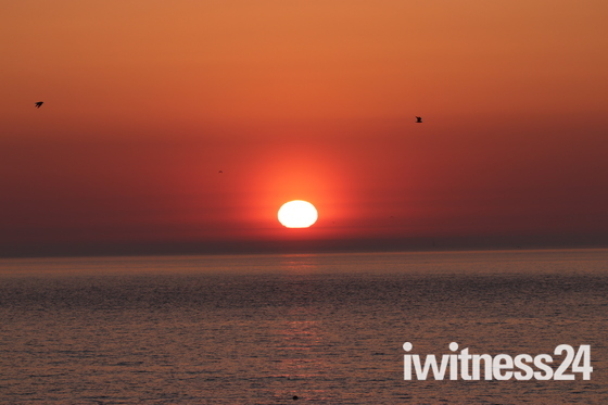 Rising sun , Ness Point Lowestoft 5.30 am 6th may.