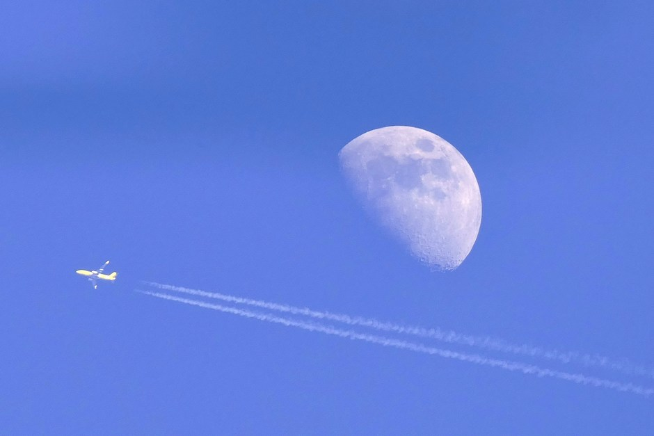 Wassende maan in Schinveld