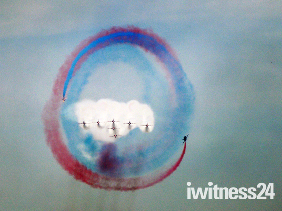 Red Arrows over Weston Bay