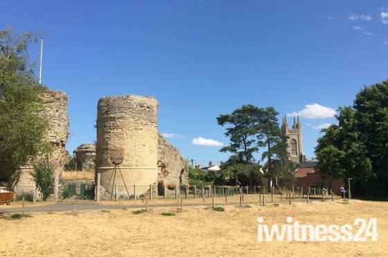 Bungay castle and church
