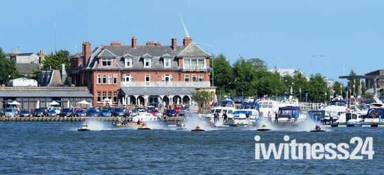 Oulton Broad Power Boats