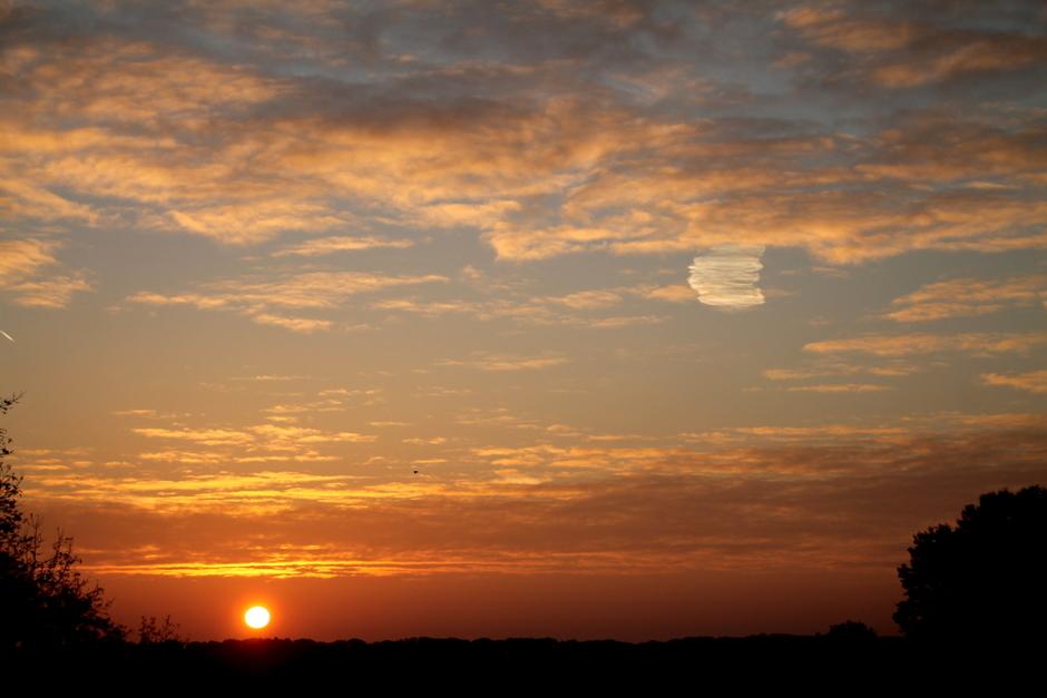 zonsopkomst in waalwijk