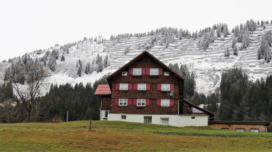 Alpen: nu boven 1500m wit (niet veel sneeuw). Echter sneeuw is in aantocht