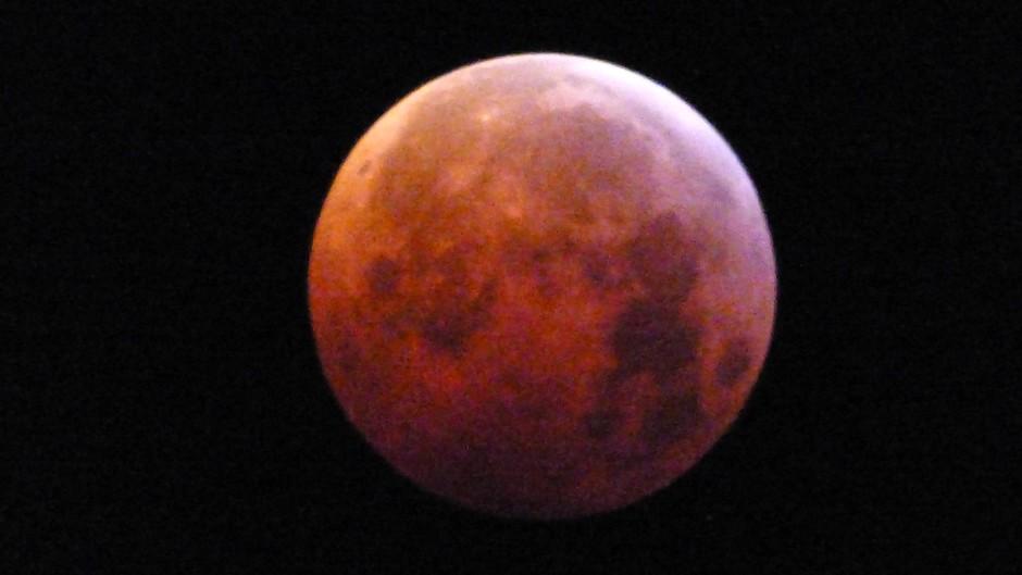 tijdstip foto 06:30 uur Super-bloed-wolfmaan