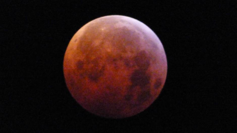 tijdstip foto 06:35 uur super-bloed-wolfmaan
