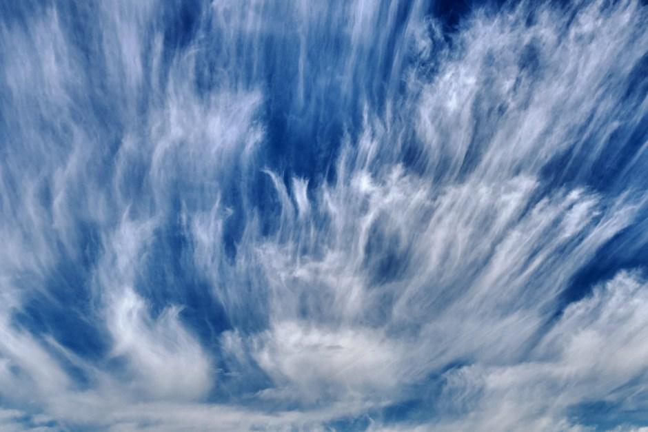 Wolkensluiers.
