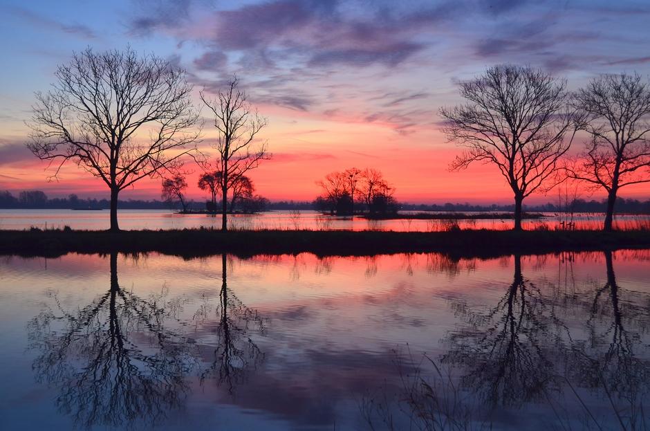 Prachtige luchtkleuringen op Zondag 17 Februari!