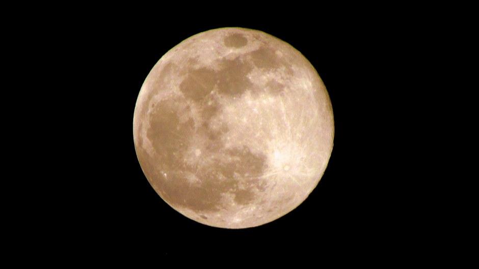 Heldere maan van gisteravond laat