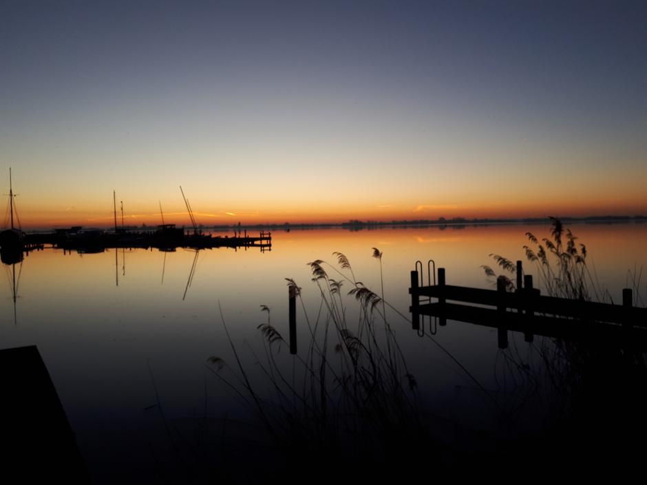 Zonsopkomst boven Braassemmermeer