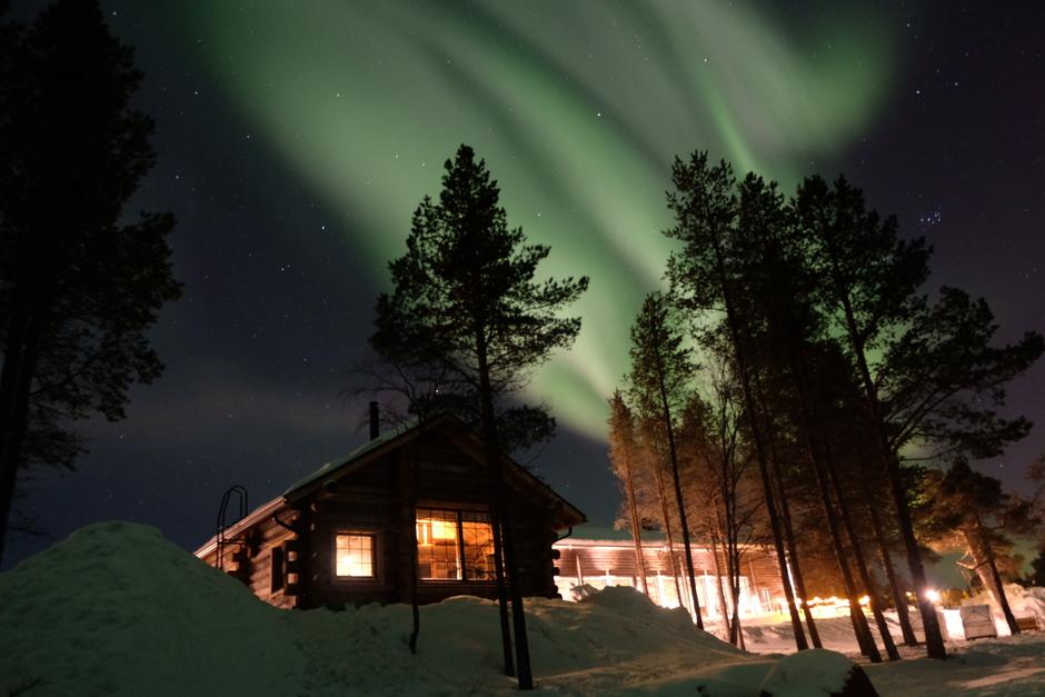 Noorderlicht bij het hotel in Finland