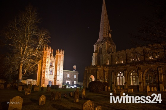 Weekly Challenge Darkness - Hadleigh at night time