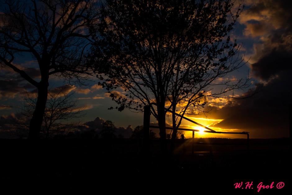 Sunset tussen de hagelbuien door !