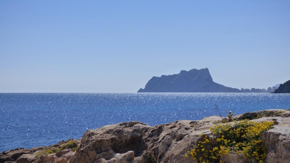 Uitzicht op Calp vanuit Moraira