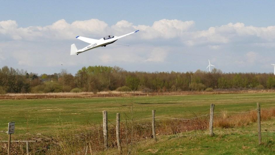 Zweefvliegen bij ELZC in Schinveld