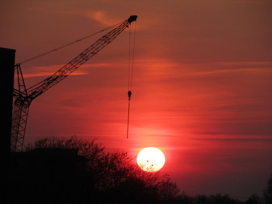 zonsondergang boven Assen