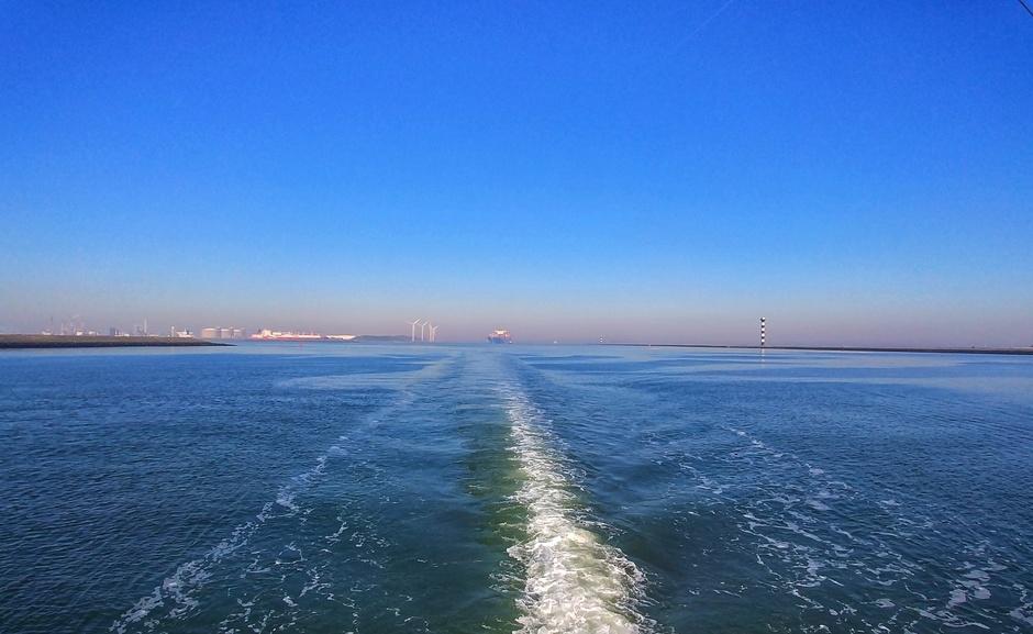Smog uit duitsland goef zichtbaar op zee