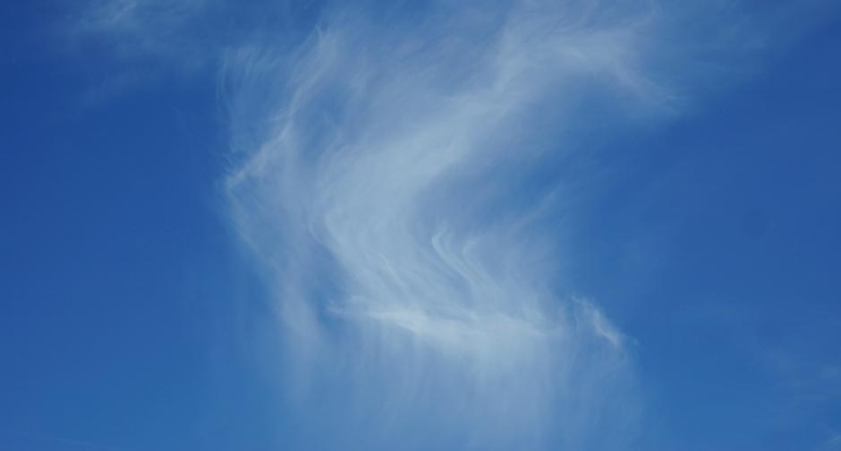 Vandaag Cirrus- oftewel Vederwolken en zon.