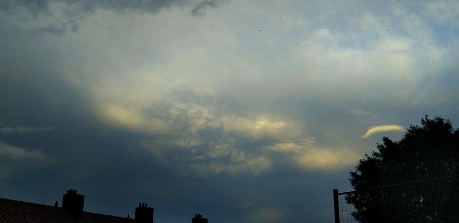 Achterkant van het onweer.