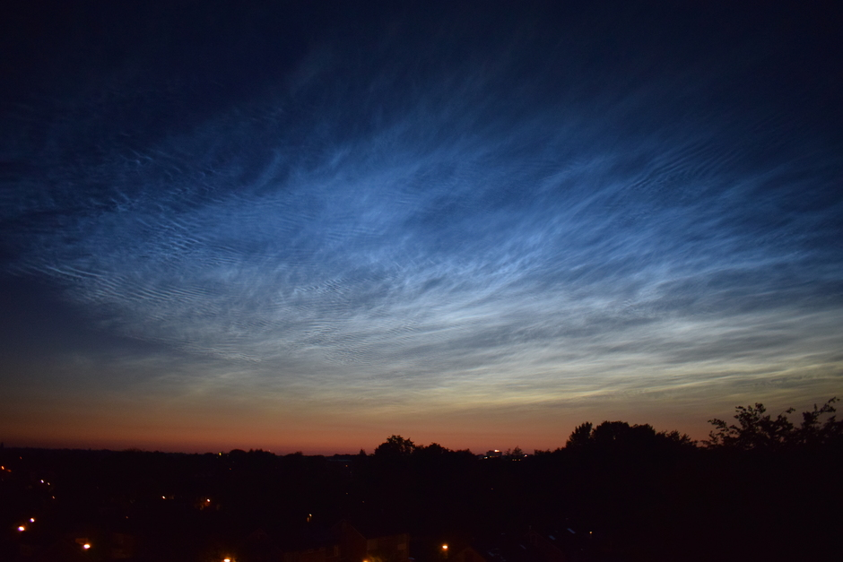 Nachtwolken Veenendaal om 23:25